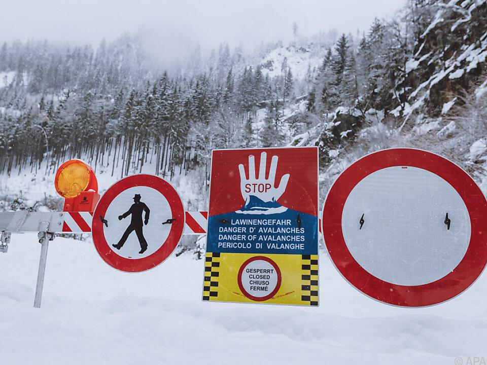 In weiten Teilen Tirols herrscht Lawinengefahr der Stufe 3