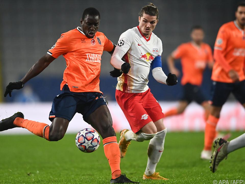 Leipzig fixierte späte drei Punkte