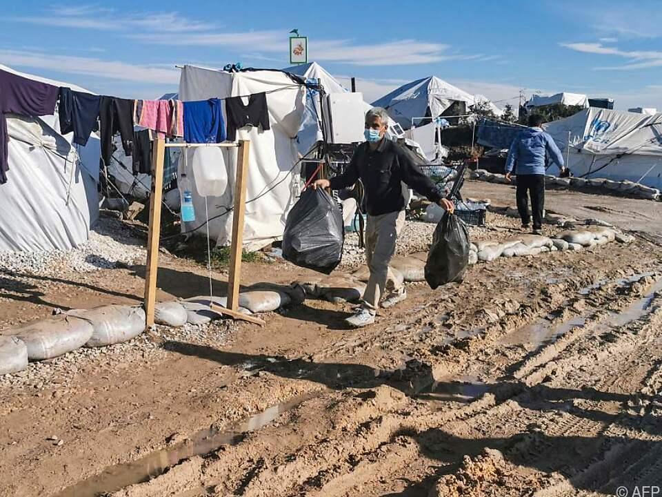 In den griechischen Lagern herrscht eine Notsituation