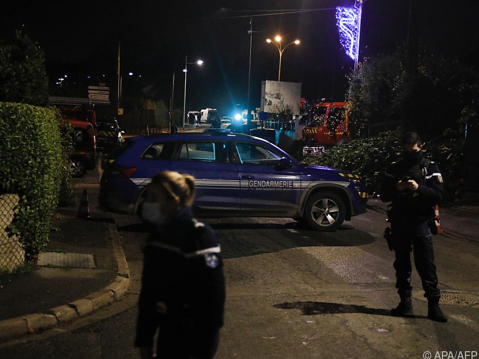 Geiselnahme mit vermutlich tödlichem Ausgang in Frankreich