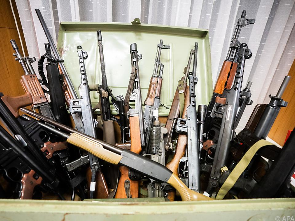 Mehr als 70 Waffen wurden beschlagnahmt