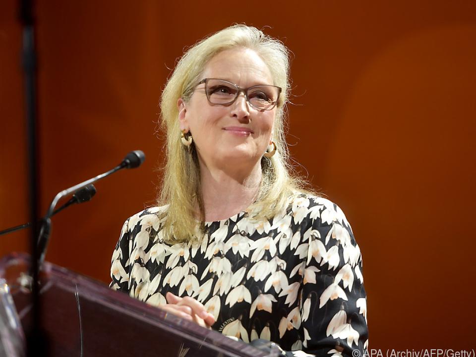 Meryl Streep mimt exaltierte, alternde Schauspielerin