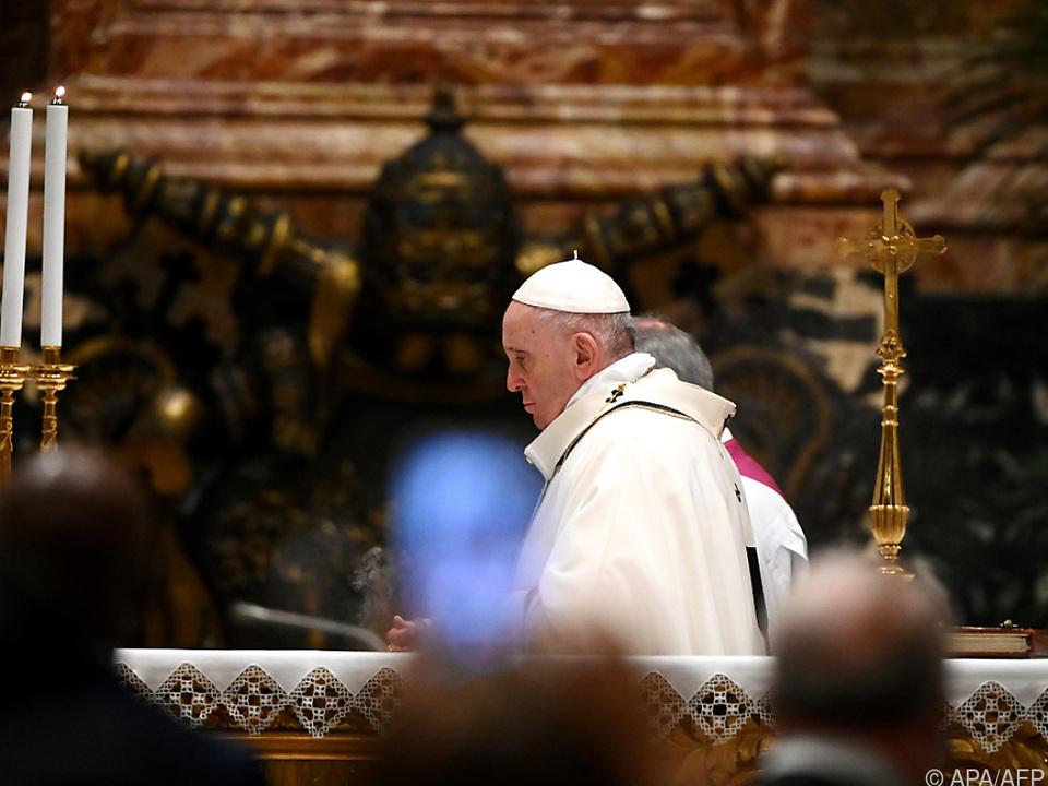 Papst Franziskus bei Weihnachtsmesse im Petersdom