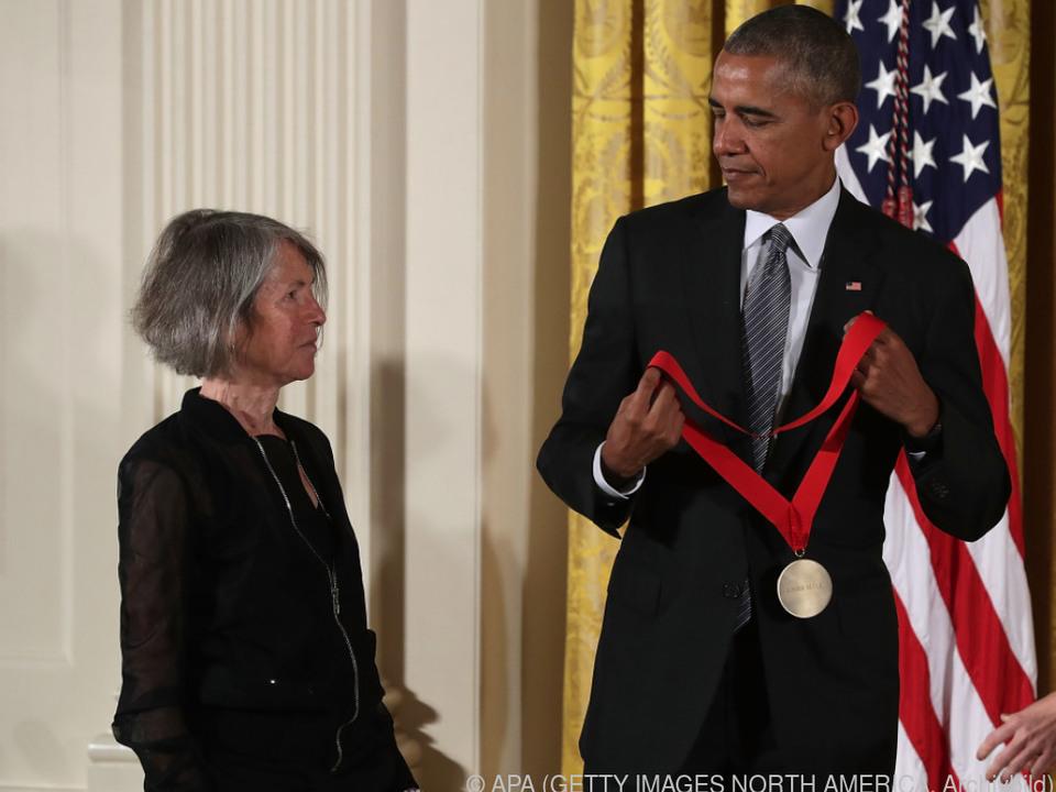 Louise Glück wurde 2015 von Präsident Obama ausgezeichnet