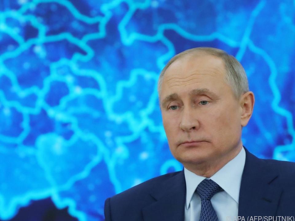 Putin nun auch nach dem Ausscheiden aus dem Amt unantastbar