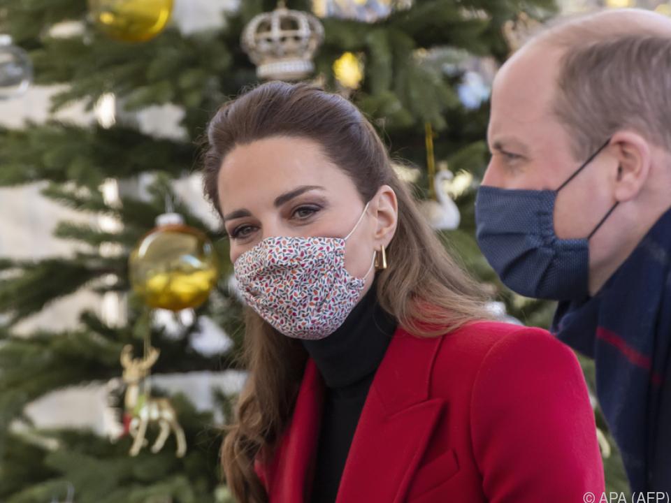 Reise von Kate und William stößt auch auf Kritik