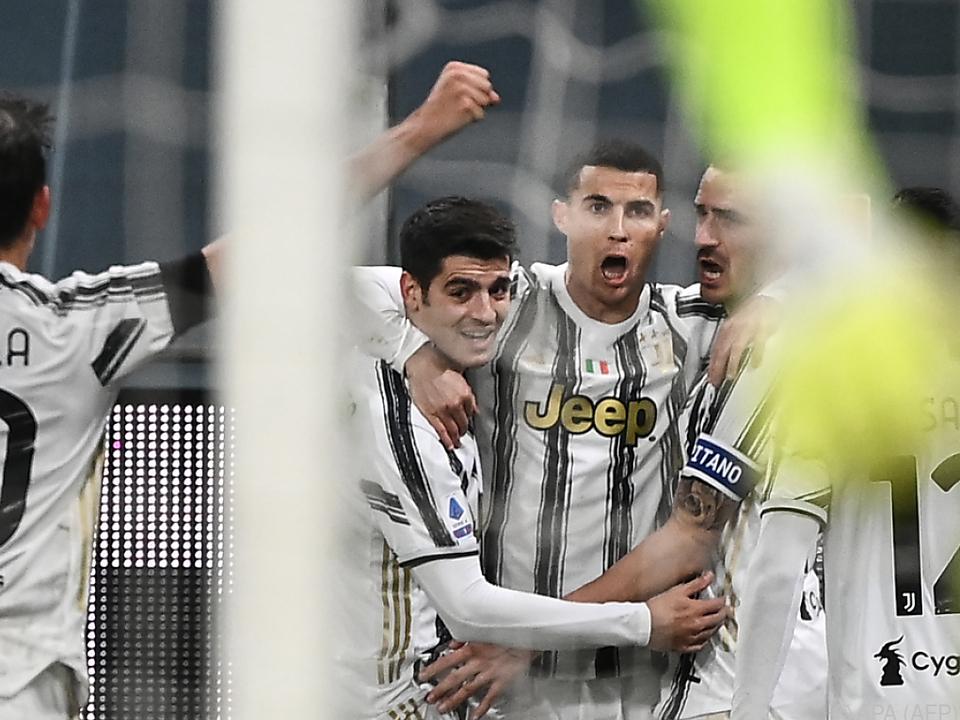 Ronaldo lässt sich feiern