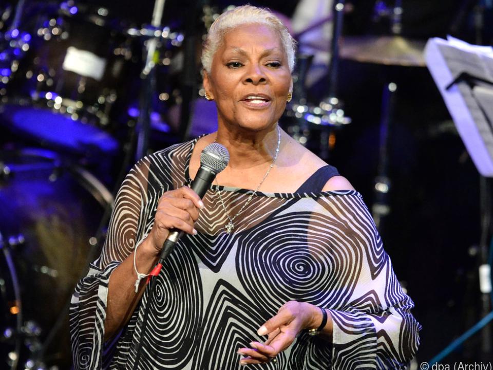 Sängerin Dionne Warwick 80. Geburstag
