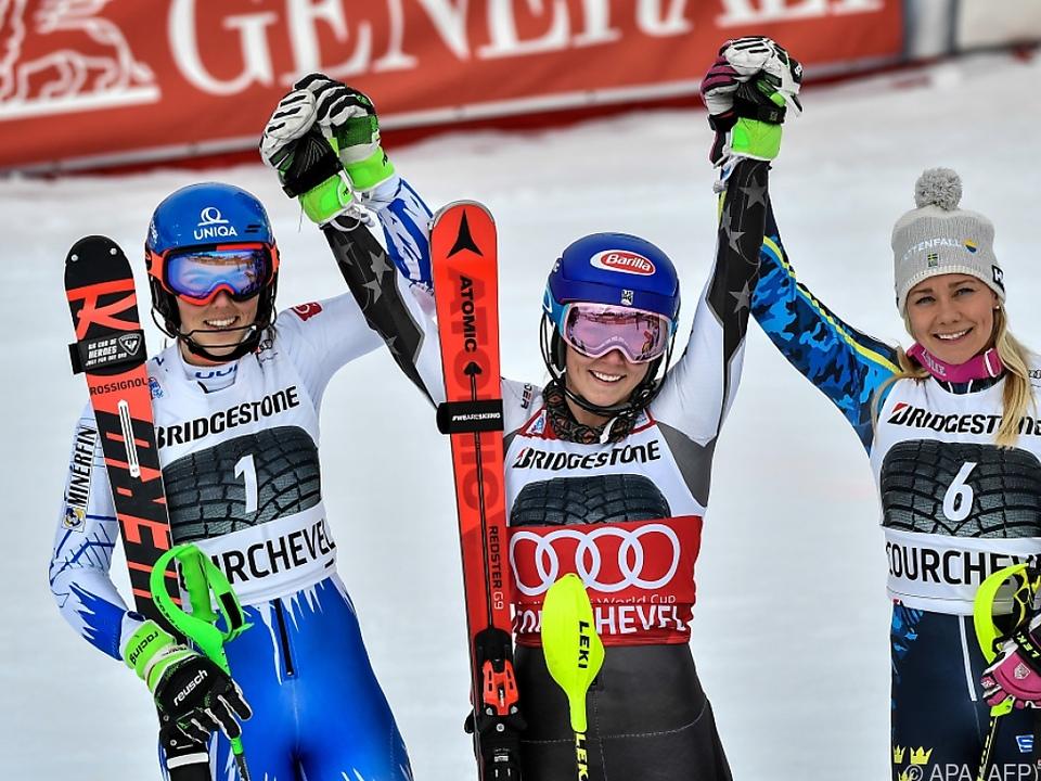 Mikaela Shiffrin bei ihrem Semmering-Slalomsieg 2018 vor Vlhova