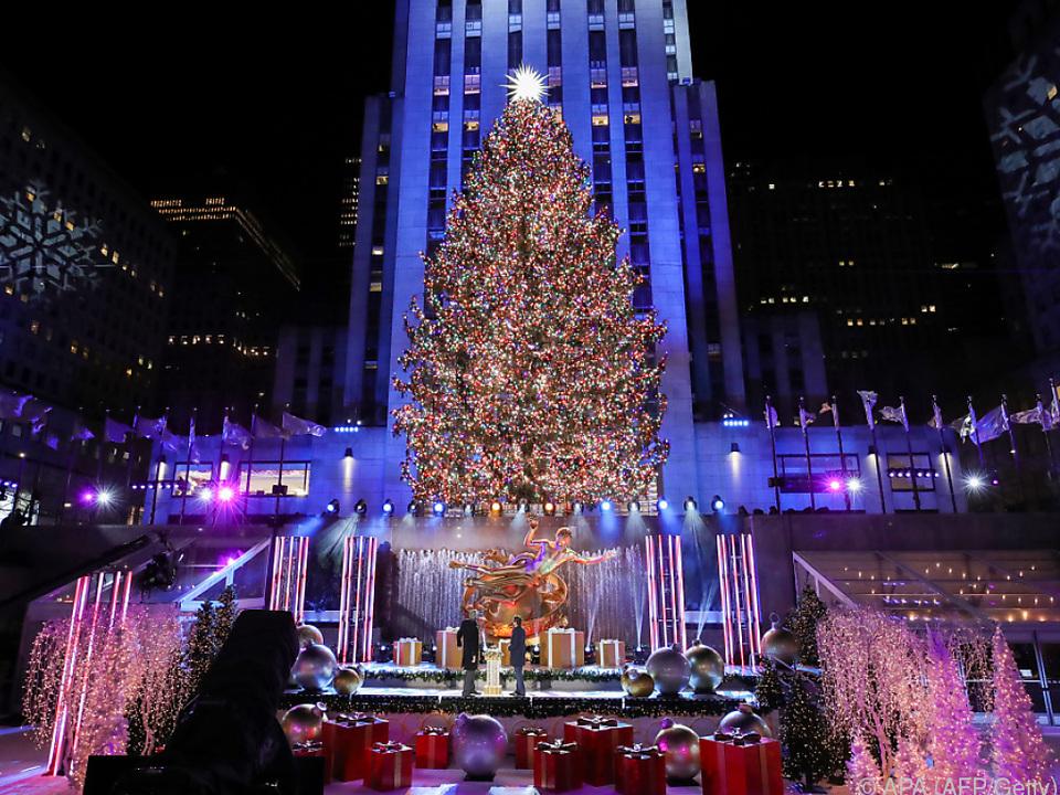 Spektakel beim Rockefeller Center ohne Zuschauer vor Ort