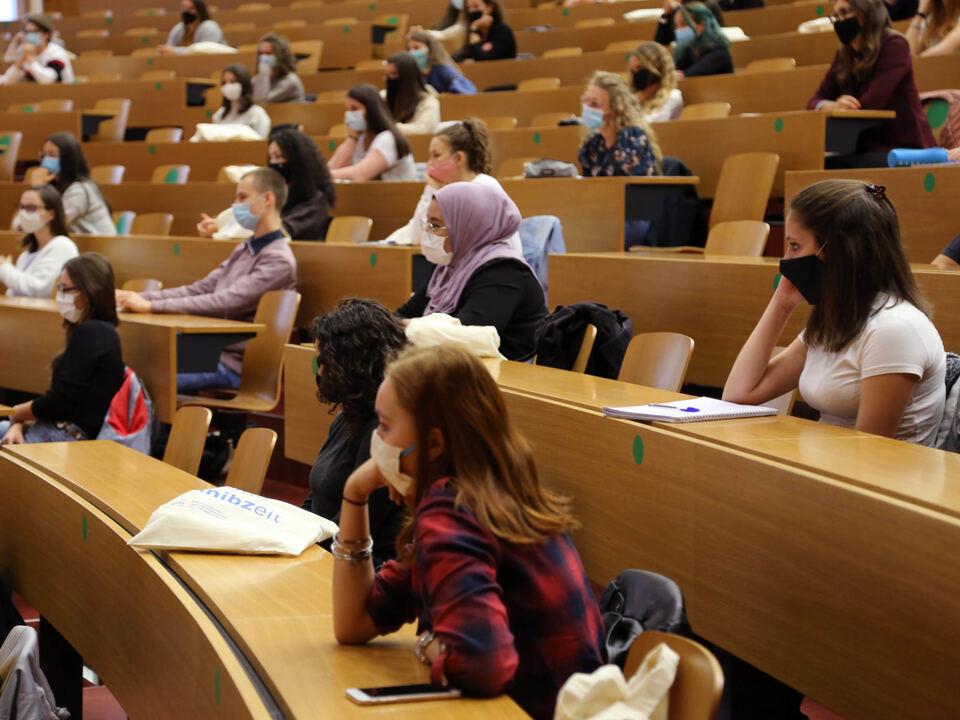 Studentinnen_Studenti