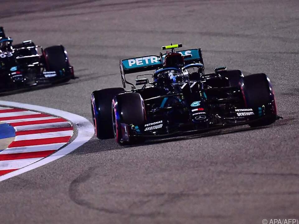 Valtteri Bottas ganz knapp vor Mercedes-Teamkollegen George Russell