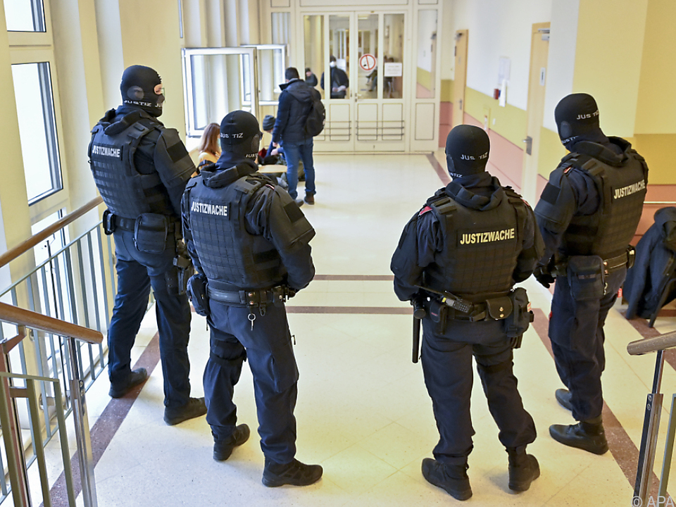 Blick auf das Straflandesgericht in Wien vor Prozessbeginn
