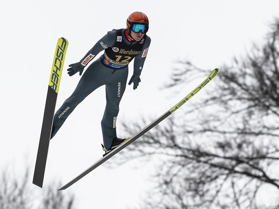 Polnische Skispringer nach negativem Test doch am Tournee-Start