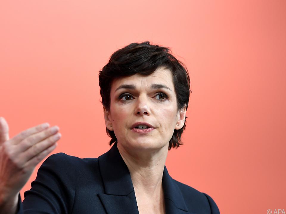 Rendi-Wagner will Handel schließen