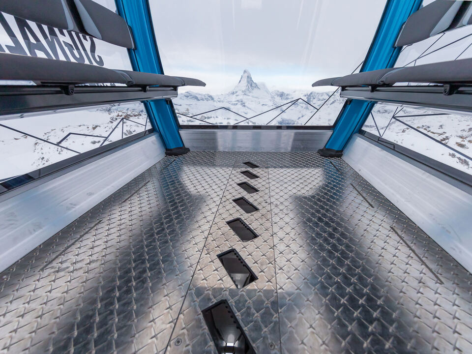 10-MGD-Gondelbahn-Kumme-1.-und-2.-Sektion-Zermatt-CH-205.jpg_origin