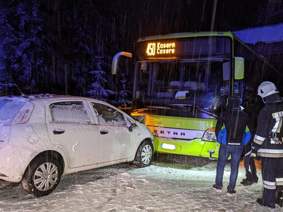 2020-01-02 AL4 Verkehrsunfall mit Linienbus ohne VU Personen (6)