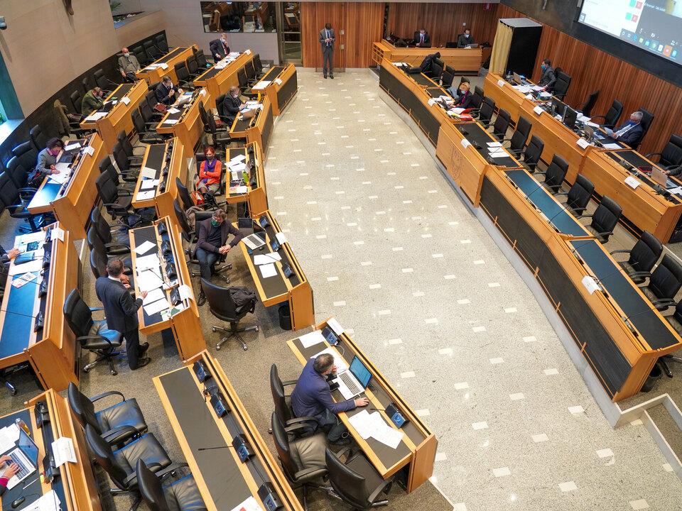 Südtiroler Landtag stnews sym landtagssitzung südtirol