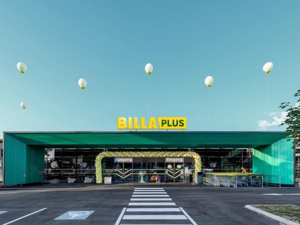 BILLA Plus ersetzt Merkur