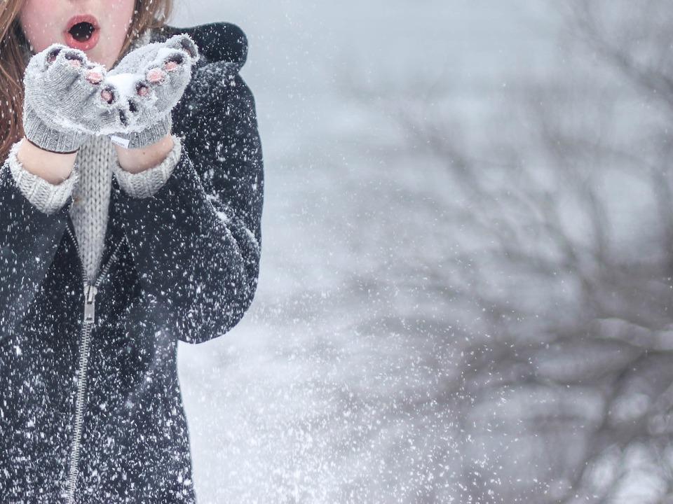 Frau Winter Schnee