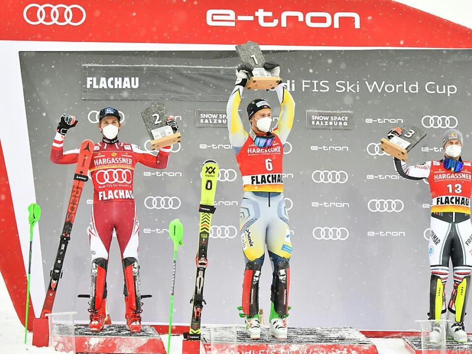 Das Sieger-Trio beim zweiten Slalom in Flachau