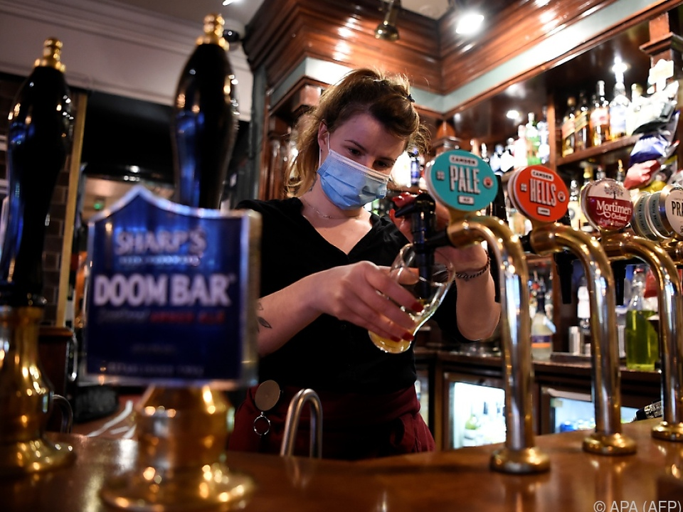 Die Coronakrise trifft die britischen Pubs hart