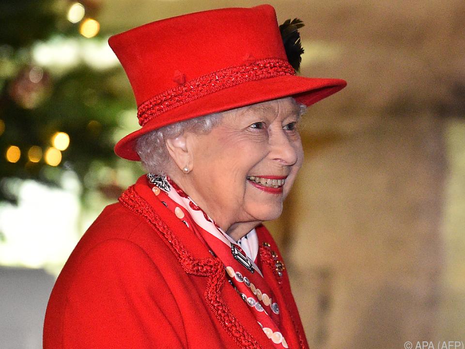 Die Queen und ihr Ehemann wurden gegen Covid-19 geimpft