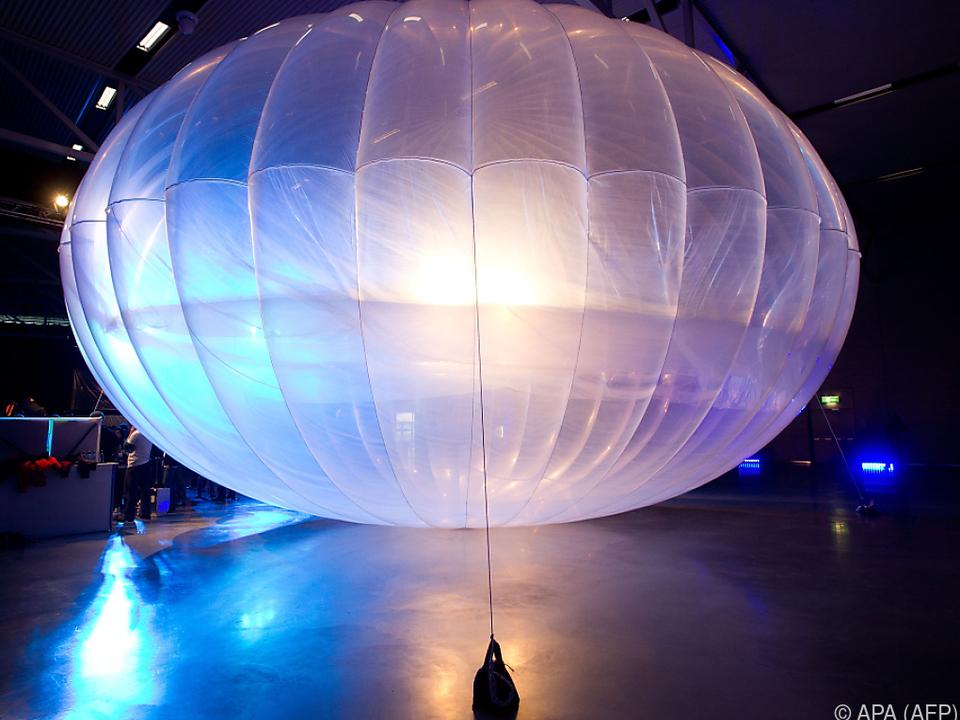 Dutzende Loon-Ballons sind noch in der Luft