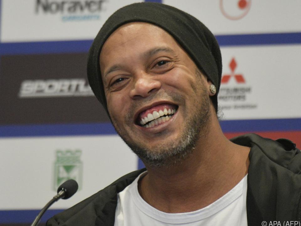Ex-Kicker Ronaldinho hat was über für Rhythmen