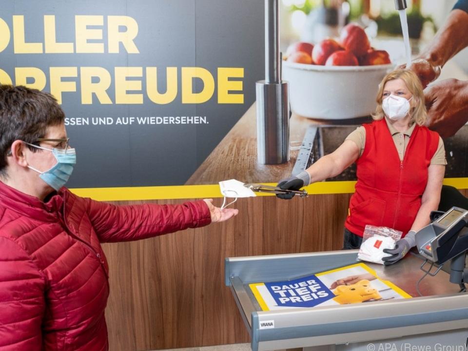 FFP2-Masken bei Rewe, Spar und Hofer gratis