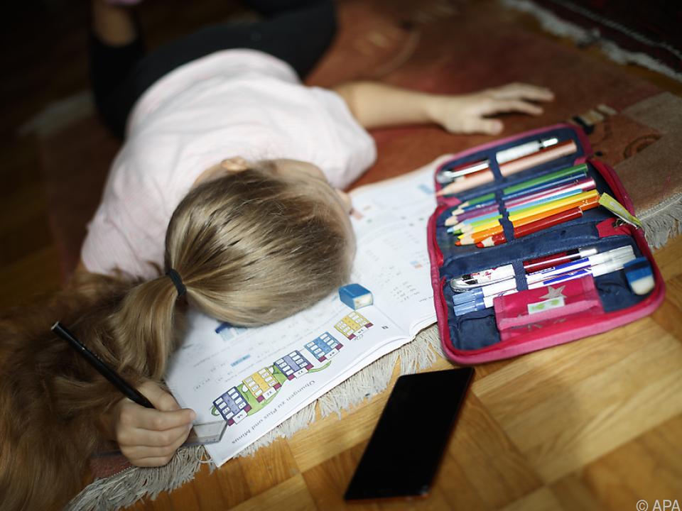 Homeschooling zehrt an den Nerven von Kindern und Eltern
