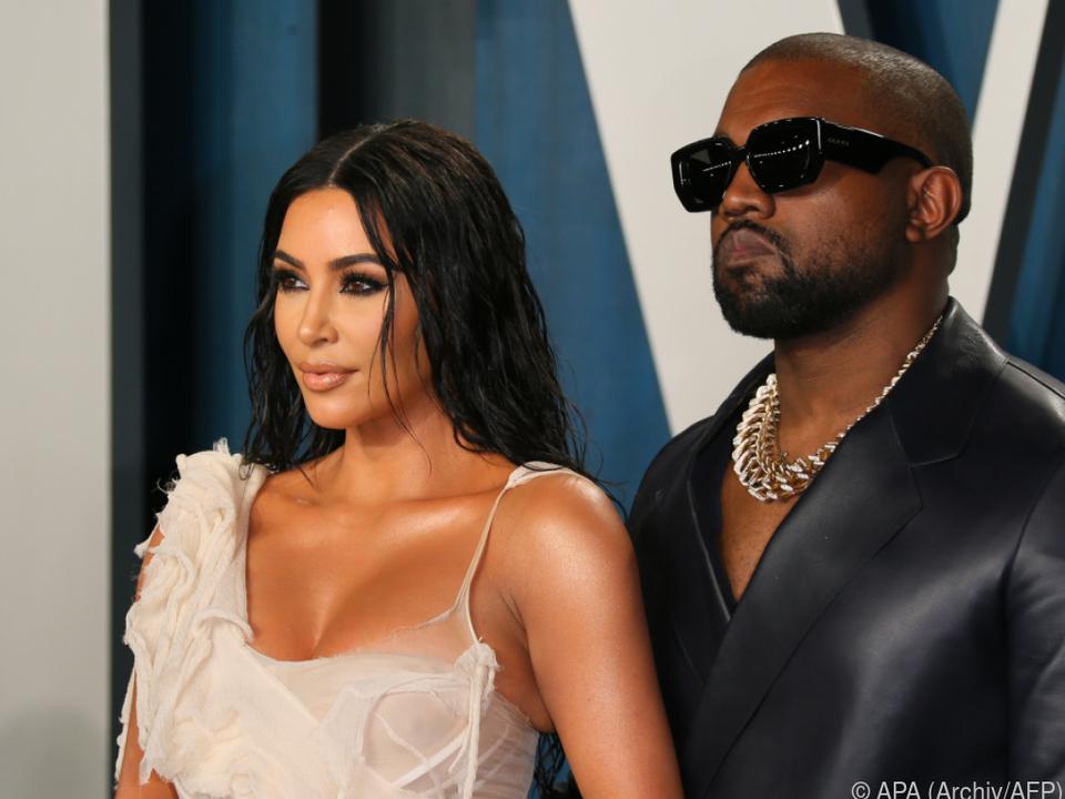 Kanye West und Kim Kardashian nehmen Eheberatung in Anspruch