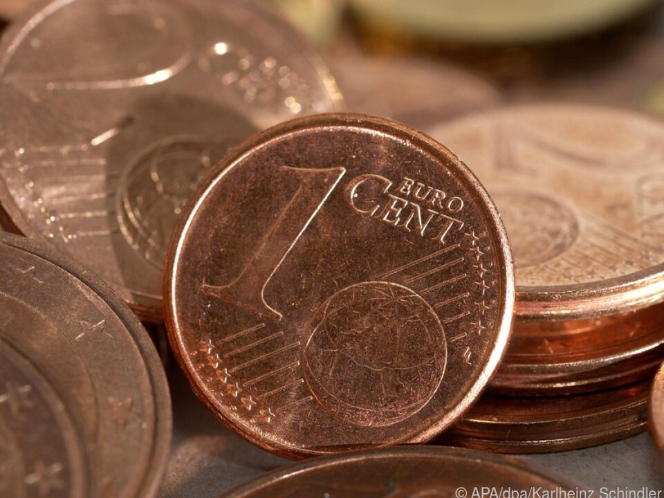 Euro-Cent-Münzen liegen auf einem Haufen