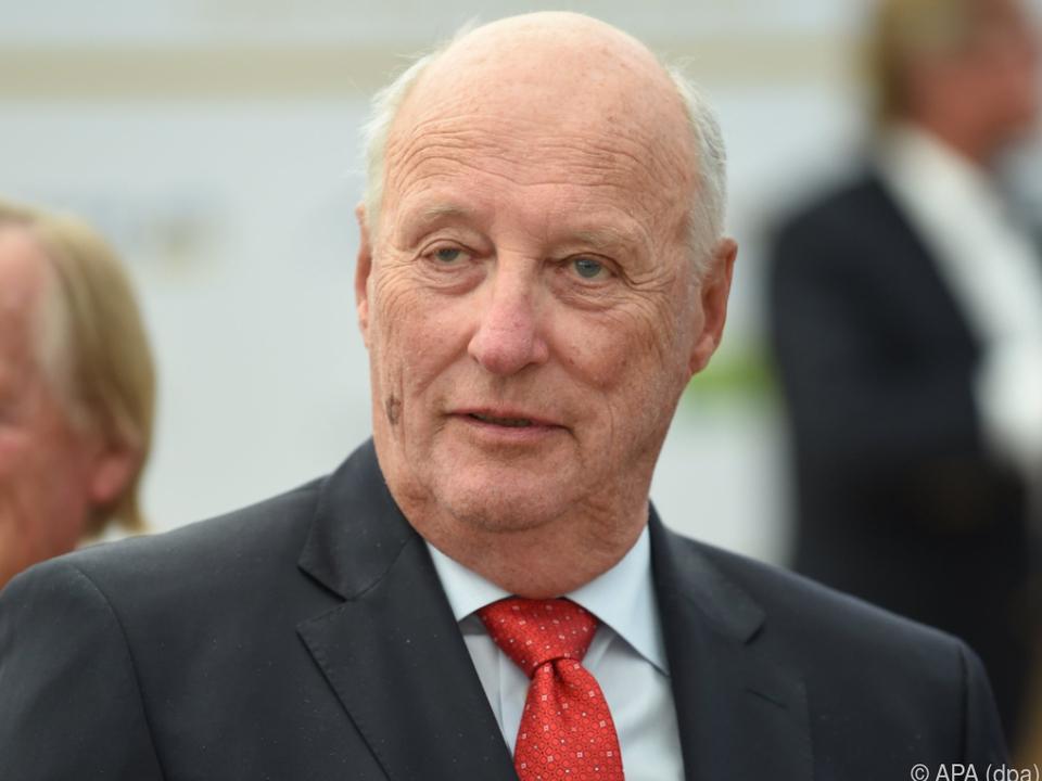 König Harald V. muss wieder ins Spital