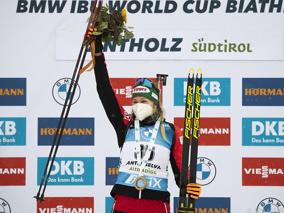 Lisa Hauser jubelt in Antholz über ihren ersten Weltcupsieg
