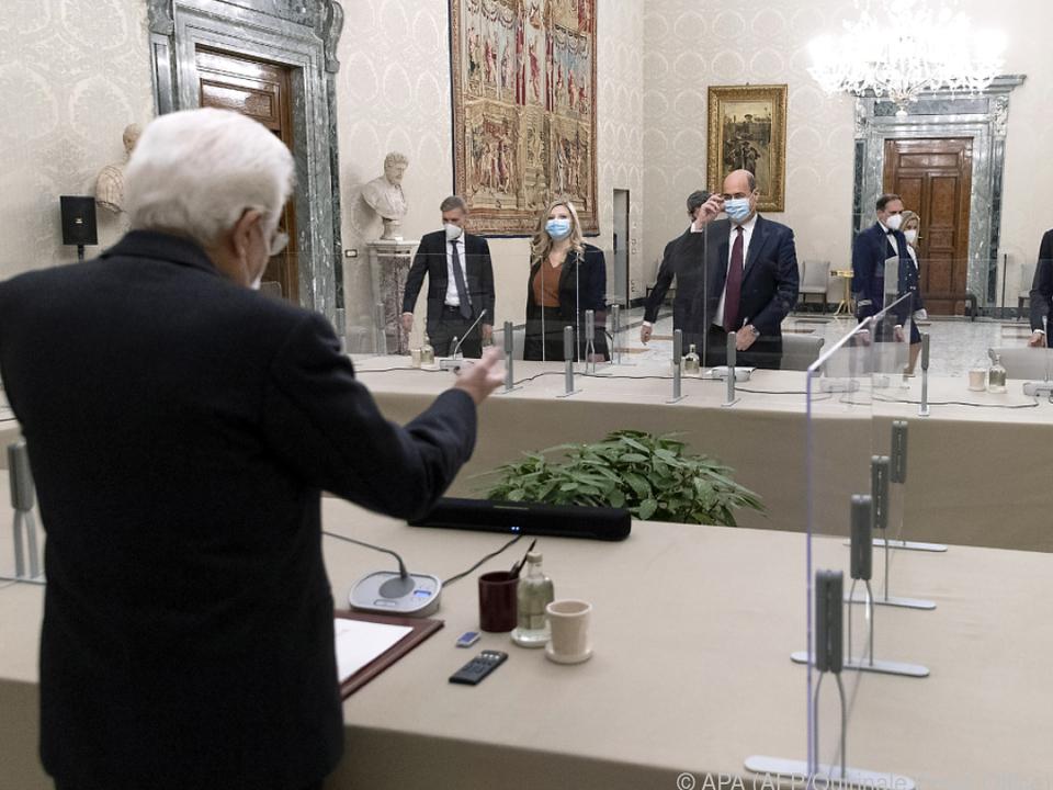Mattarella trifft Parteichefs im Quirinal-Palast