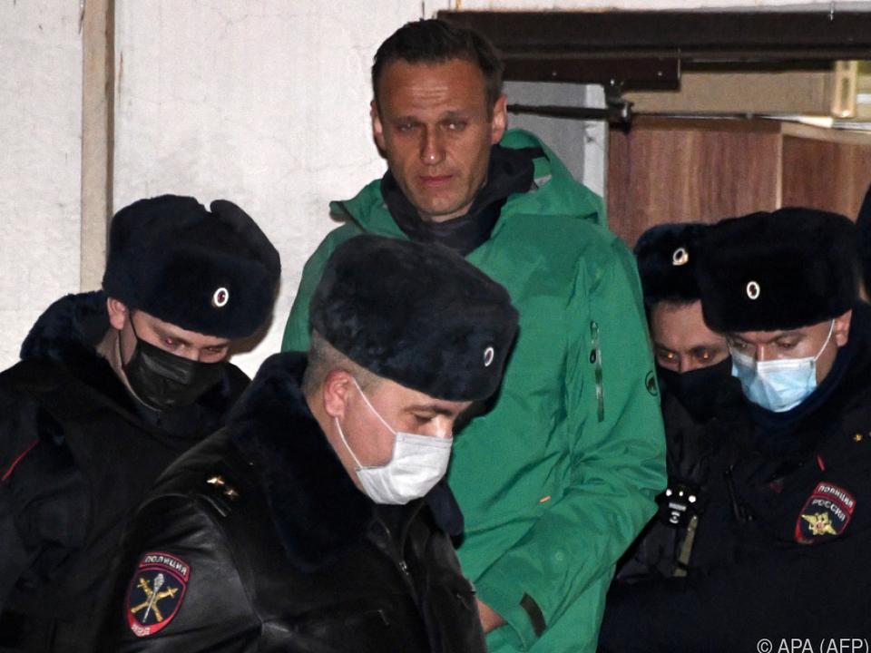 Nawalny meldet sich wieder zur Wort