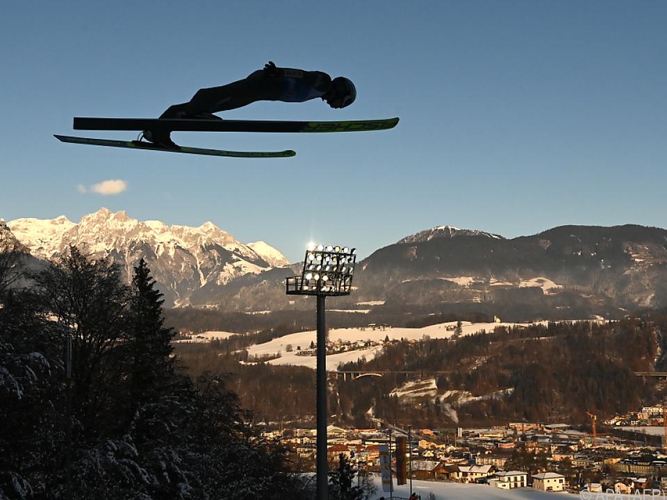 Stoch weiter auf Höhenflug - Sieg in Bischofshofen-Quali