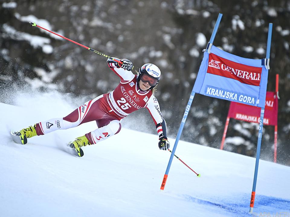 Ramona Siebenhofer zeigte im Riesentorlauf auf