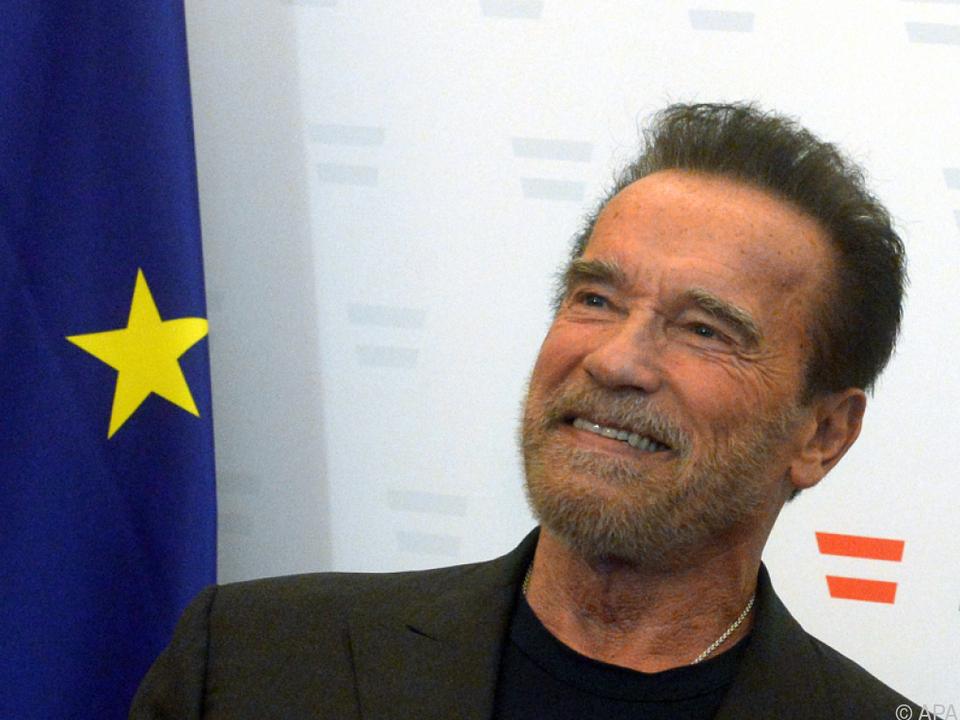 Schwarzenegger liebt das Durchhaltevermögen der USA