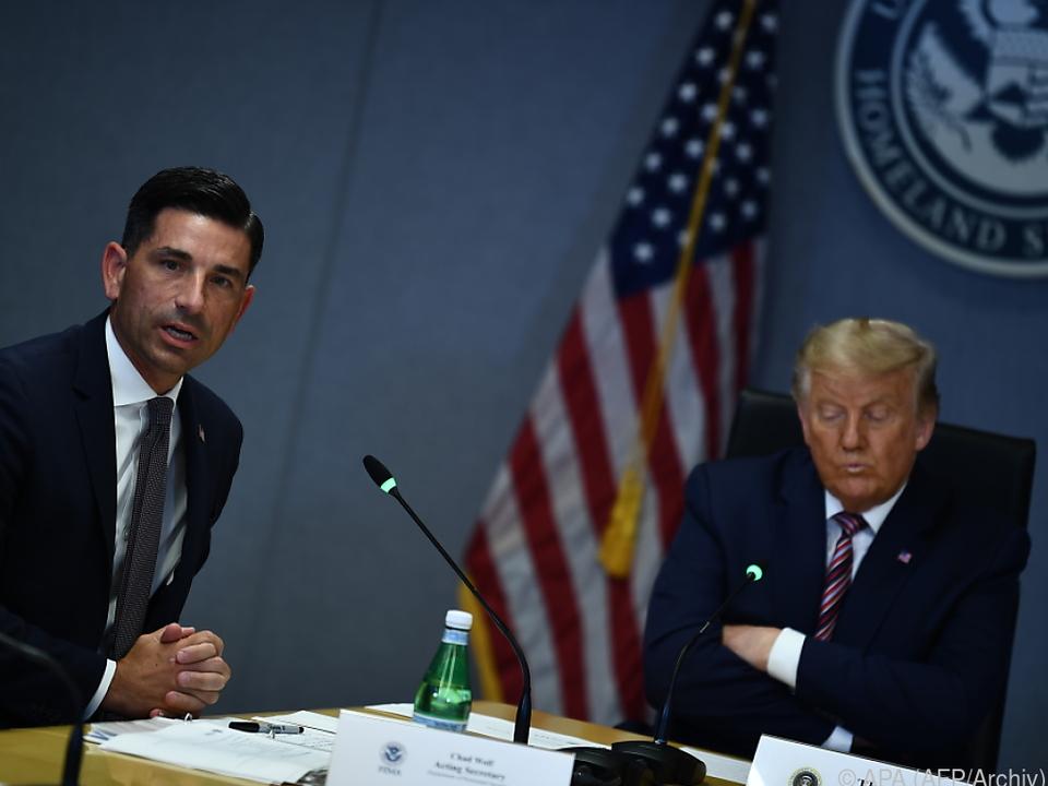 Chaos am Ende von Trumps Amtzeit: Ein weiterer Minister springt ab