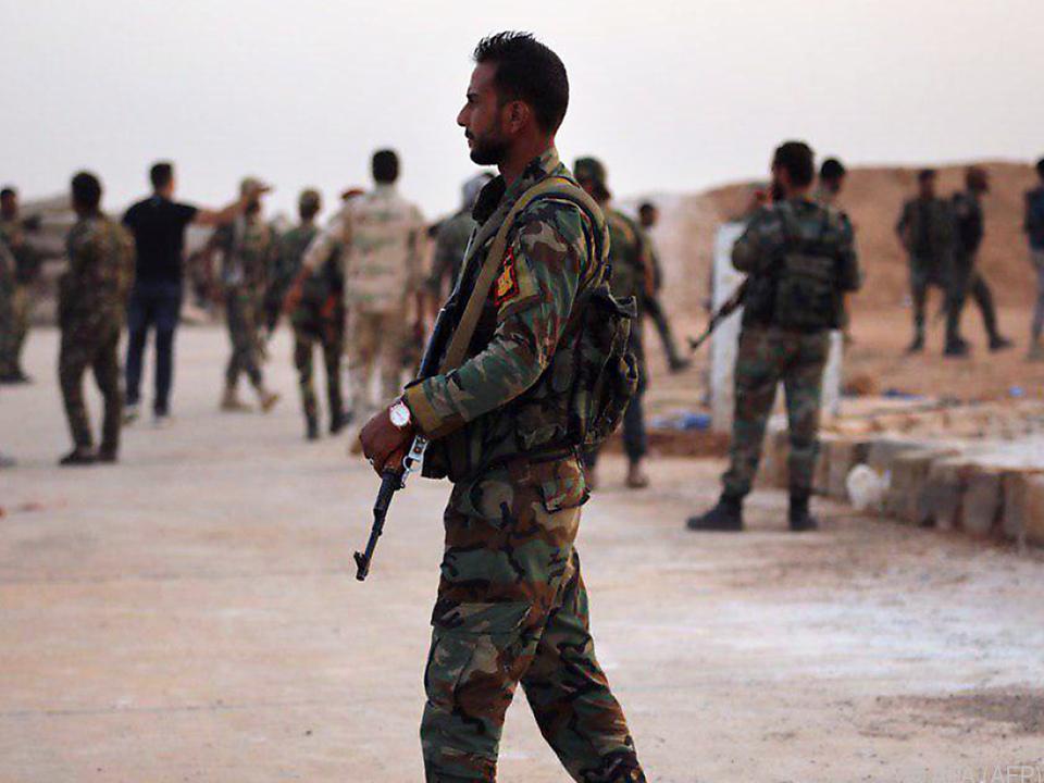 Syrische Soldaten in der Region Raqqa (Archivbild)