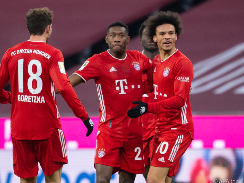 Die Bayern drehen mit Alaba ein 0:2 in ein 5:2