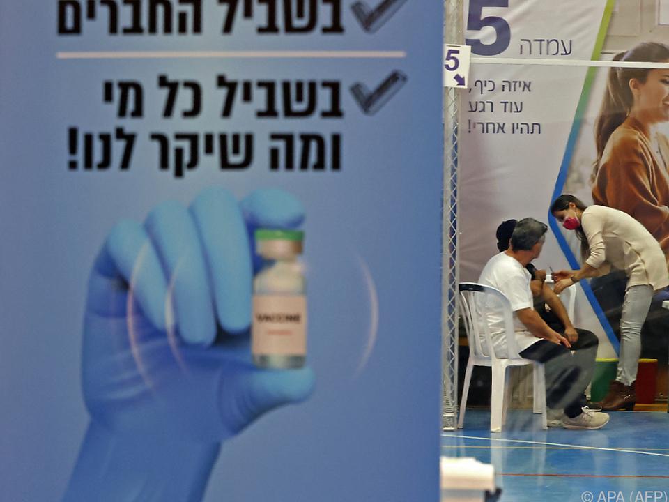 94 Prozent weniger symptomatische Infektionen bei 600.000 untersuchten Personen