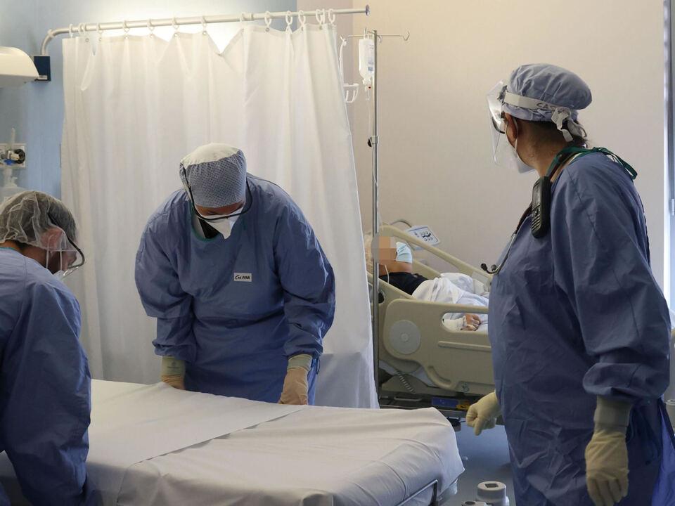Il reparto covid dell\'ospedale Poliambulanza di Brescia, 22 febbraio 2021, athesiadruck2_20210223192156691_41216dbd02a3606139fe3b4e6a5f86d0