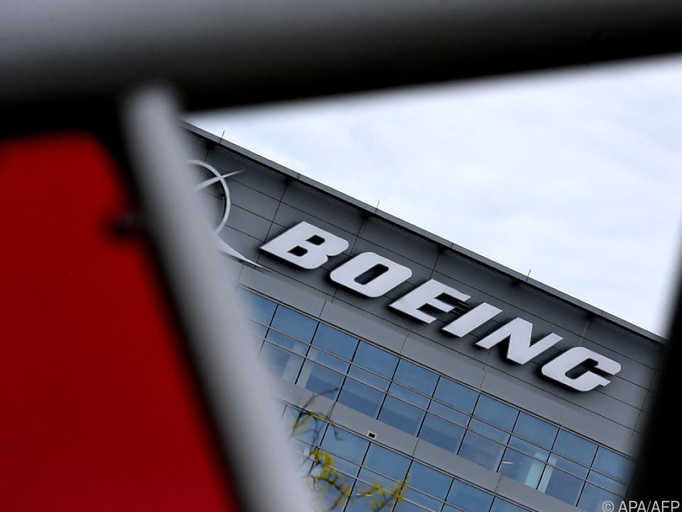 Boeing-Triebwerk ging während Flugs in Flammen auf, verletzt wurde niemand