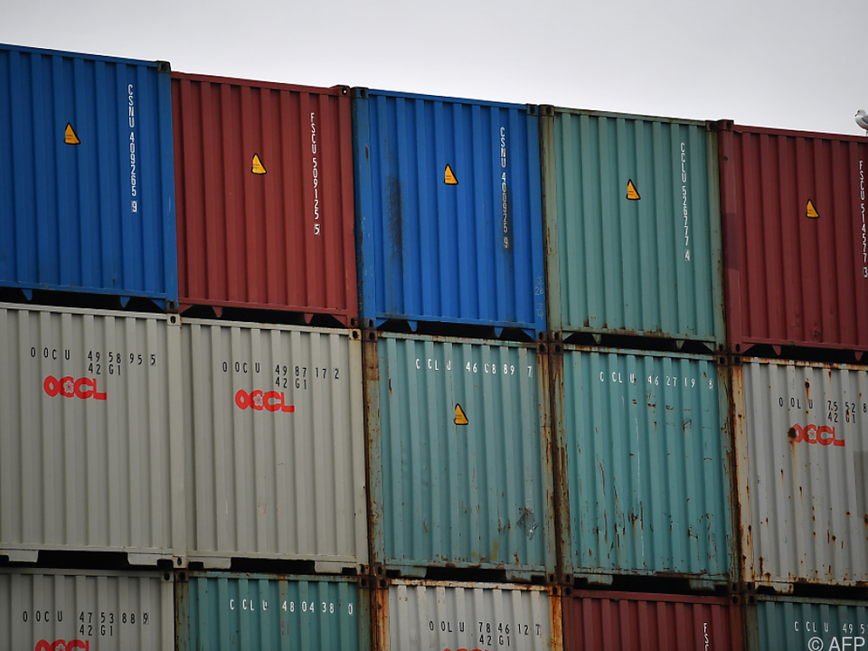 Britische Ausfuhren brechen ein