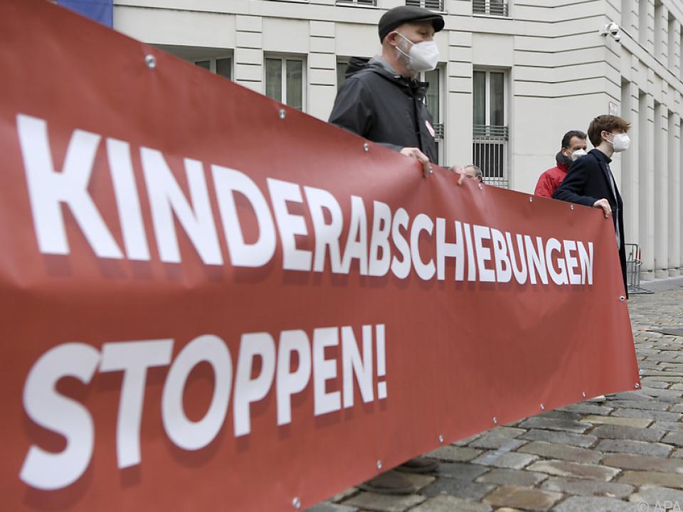 Demo gegen Kinder-Abschiebung