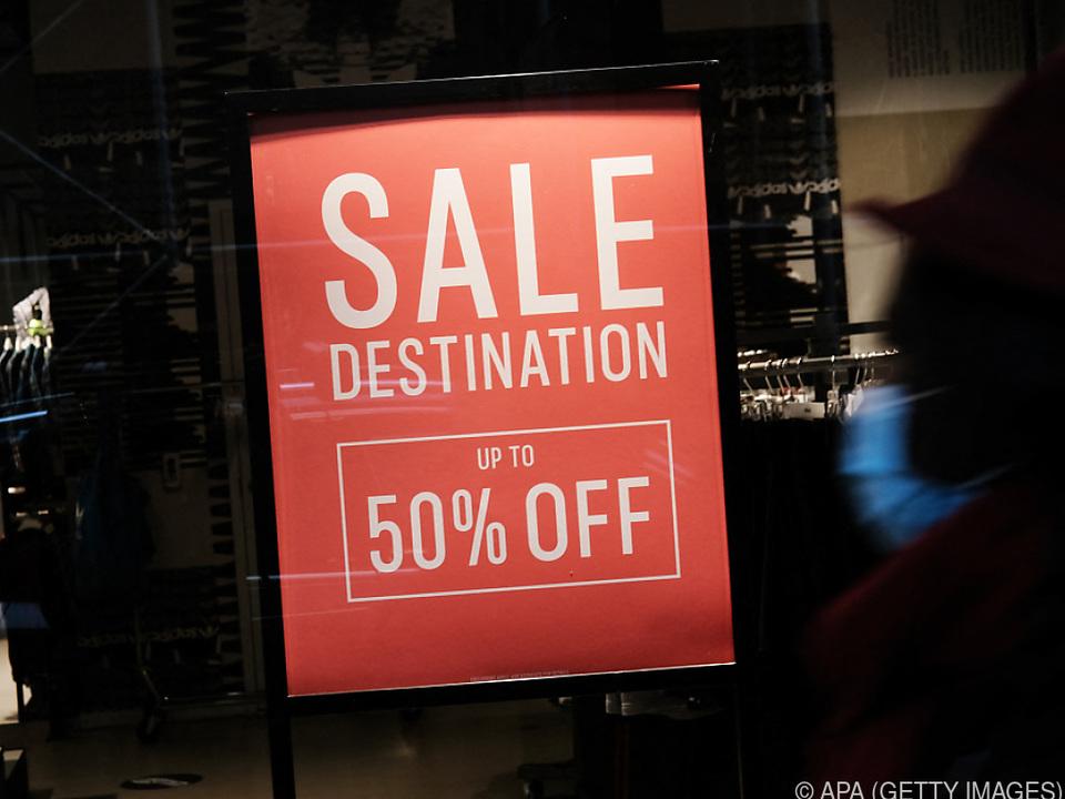 Die US-Amerikaner haben im Jänner die Geschäfte gestürmt
