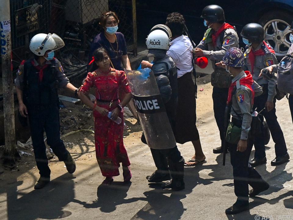 Festnahmen bei Protesten in Rangun